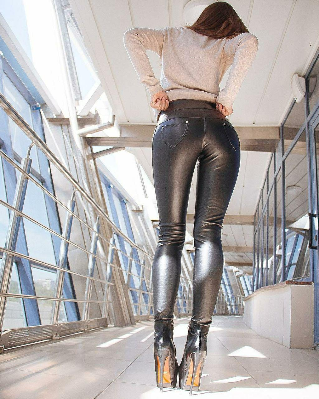 black-womens-tight-ass